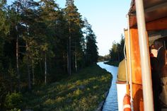 Götakanal mit der Juno - der Weg ist das Ziel http://www.travelworldonline.de/traveller/der-goetakanal-an-bord-der-juno-der-weg-ist-das-ziel/?utm_content=bufferf71a9&utm_medium=social&utm_source=pinterest.com&utm_campaign=buffer #twosweden #götakanal #schweden #sweden