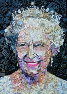 #queen #Elisabeth British artist Jane Perkins makes these portraits from salvage : Buttons, Pearls, clothespins, broken toys, Lego figurines which are transformed into familiar faces! #creativity #recycling art!