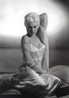 Kim Novak for 'Bell, Book and Candle', Columbia Pictures.  Robert Coburn, 1958.