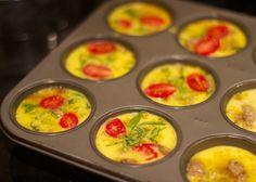 Perfekt für unterwegs ... (4 Eiweiß, 1 Eigelb, 1/2 Zucchini, 1 Karotte, 1/4 grüner Paprika- 25 Minuten bei 170 Grad backen)   4 eggwhites, 1 yolk, 1/2 zuccini, 1 carott, 1/4 green pepper- bake in the oven for about 25 minutes