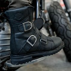 Official Harley-Davidson Footwear Site - Shop womens motorcycle boots & leather riding boots, made to provide protection & comfort for miles on the road Sneakers For Sale, Best Sneakers, Shoes Sneakers, Women's Motorcycle Boots, Moto Boots, On Shoes, Shoe Boots, Harley Davidson Motor, Leather Riding Boots
