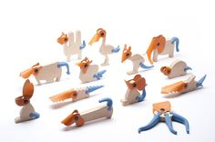 Zoom is a collection of toy – animals, the animals are divided in three parts, the head, the body and the tail