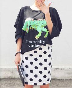 Black Long Batwing Sleeves Sweatshirt with Dinosaur Printed - Sweatshirts & Hoodies - Clothing