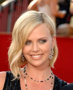 charlize theron photo gallery | Charlize Theron Hairstyle