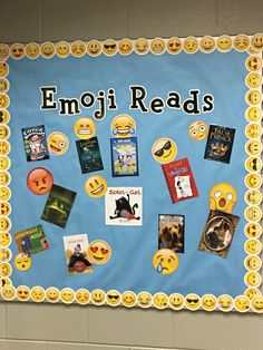"Emoji reading bulletin board ""Relatable display for students to 'speak their language' and connect with what they read. School Library Displays, Middle School Libraries, Elementary School Library, Library Themes, Library Activities, Library Ideas, Library Decorations, School Library Decor, Display Boards For School"