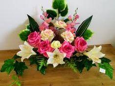 Znalezione obrazy dla zapytania kosz z kwiatami sztucznymi