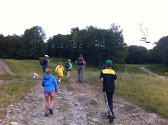 TOP 3 ways to get your kids up a mountain. Hiking with kids! #chocolate #Vermont #parenting