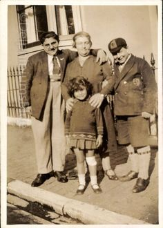 Family Portrait Large People Vintage Photo  by foundphotogallery