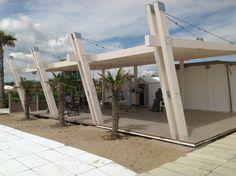 Realizzazioni arredi in legno per Stabilimenti Balneari