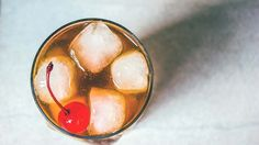 Cocktail da aperitivo alcolico leggero con liquirizia e chinotto, ricette 2017