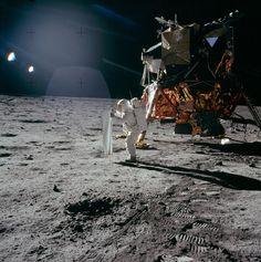 Humans have been to the Moon! Here Are 10 Proofs That The Apollo Moon Landings Were Not Fake
