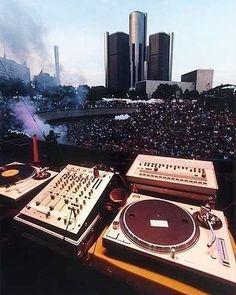 Festival de música electrónica en Detroit  by @elnautave  #Dance #Edm DJS #Live #PortaldeDjsOficial #Musica #Eectro #Reggaeton #Studio #Producers #Acarigua #Venezuela