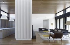 Contrasting Merger of Materials Defining Bellarine Peninsula House in Australia