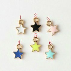Enameled star charm collections by Siweism on Etsy Diy Jewelry, Jewelry Accessories, Unique Jewelry, Peter Pan Jr, Little Star, Color Mixing, Enamel, Pendants, Charmed