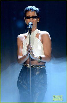 Rihanna, Pink, & Alicia Keys: 'Wetten dass' Performances!