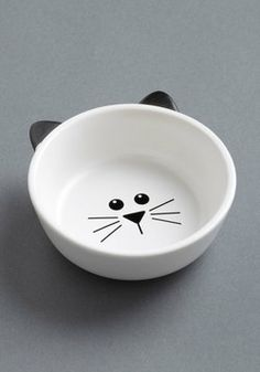 Mew Plate Special Pet Bowl. Serve your kitty in sweet, personalized style by nestling each treat into this precious black-and-white cat bowl! #white #modcloth