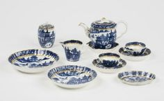 tea set, transfer-printed porcelain with chinese motives, 1775-1799