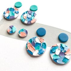 59 Trendy Painting Mermaid Scales How To Polymer Clay Crafts, Polymer Clay Creations, Polymer Clay Jewelry, Diy Clay Earrings, Crea Fimo, Bijoux Diy, Ceramic Jewelry, Clay Beads, Jewelry Crafts