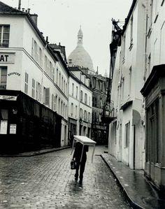 Montmartre, Oct. 31, 1963, Andre kertesz. (1894 - 1985)