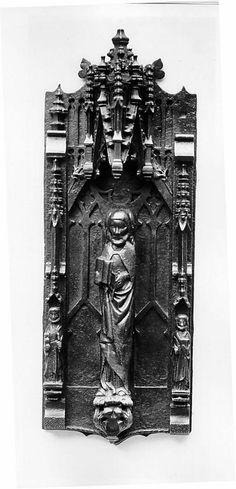 Iron Door Knocker. 15-16th century. Metropolitan Museum of Art.
