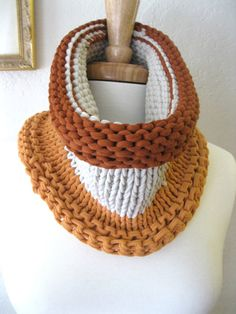 Love the colors in this chunky cowl made from upcycled t-shirt yarn!