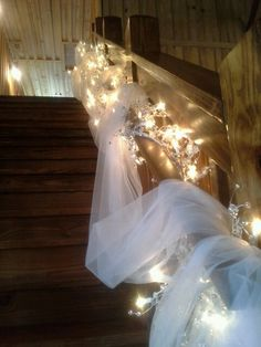 Gorgeous lighting on staircase Naden wedding Wedding Staircase, Wedding Cakes, Wedding Venues, Special Day, Chandelier, Ceiling Lights, Lighting, Wedding Dresses, Decorating Ideas