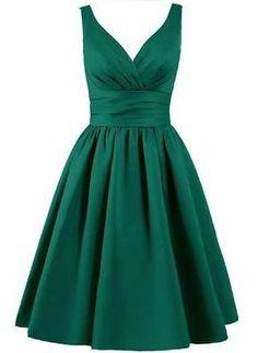 Resultado de imagem para green dress