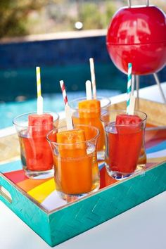To create a light spritzer, combine equal parts champagne & ginger ale. For a fruity cocktail, go with 3 parts ginger ale to 1 part white rum or vodka. Add the popsicles to either version right before serving. They'll dissolve into the drinks as guests enjoy them.