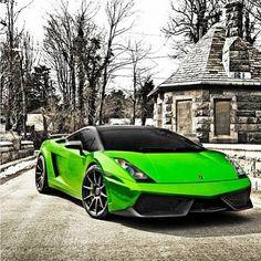 Epic, Eye Catcher Green Lamborghini Gallardo
