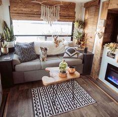 Tiny House Living, Rv Living, Cozy House, Living Spaces, Winter Living Room, Living Room Decor, Ideas Para Organizar, Remodeled Campers, Rv Interior