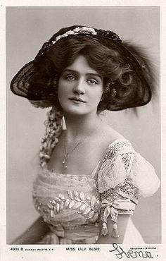 1908 Edwardian Lady Miss Lily Elsie When people really knew how to dress! More from my siteLovely Victorian Lady Victorian Women, Edwardian Era, Edwardian Fashion, Vintage Fashion, Edwardian Dress, Victorian Era, Images Vintage, Vintage Pictures, Vintage Photographs