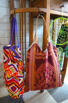 Gorgeous new ikat bags in store. Perfectly paired with a flappy hat & wooden sandals. All available at Le Toko! #bali #store