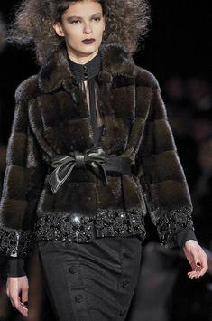 Badgley Mischka at New York Fashion Week Fall 2012 Fur Fashion, World Of Fashion, Winter Fashion, Fashion Outfits, Womens Fashion, Shearling Coat, Fur Coat, Fabulous Furs, Couture Collection