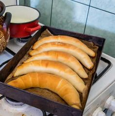 Hot Dog Buns, Hot Dogs, Bakery, Rolls, Bread, Recipes, Food, Food And Drinks, Buns