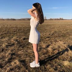 Image may contain: one or more people, people standing, sky, shoes, outdoor and nature Cute Girl Outfits, Retro Outfits, Girl Photo Poses, Girl Photos, Western Girl, Beautiful Girl Image, Lany, Tumblr Girls, Ulzzang Girl