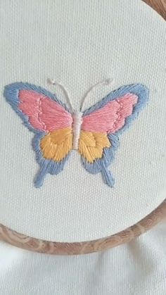 Diy Embroidery Patterns, Hand Embroidery Videos, Embroidery Stitches Tutorial, Embroidery Flowers Pattern, Simple Embroidery, Embroidery Kits, Butterfly Embroidery, Hacks Videos, Sewing Hacks