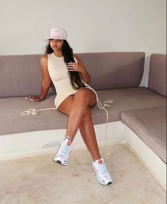 Classy Outfits, Chic Outfits, Summer Outfits, Girl Outfits, Sneakers Fashion Outfits, Dress With Sneakers, Fashion Killa, Girl Fashion, Tumbrl Girls