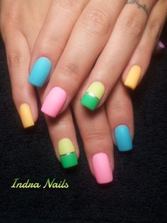 Simple and pretty nails. // Simple y bonitas uñas.