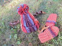 Newborn crochet hat free pattern.