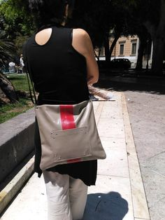 Borsa a tracolla in pelle grigia by BagsbyMaCo on Etsy