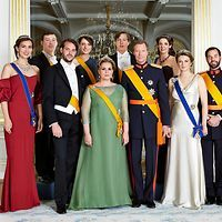 Luxembourg's Grand Ducal family has released a new family photo for which the family posed on National Day 2015.