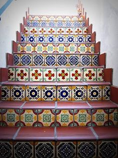 Tiled Stairs: I want to do this on my stairs.