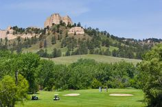 Fort Robinson Nestled between Saddle Rock and Lover's Leap buttes, Legend Buttes Golf Course near Crawford promises an enjoyable golf experience with fantastic views.