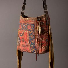 Antique carpet fringed mini bucket...in the web shop????????