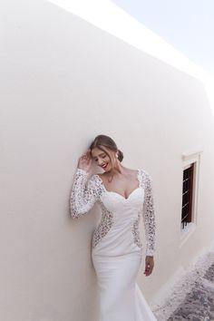 Honeymoon Photo Shoot in Oia Honeymoon Photography, Wedding Photography, Santorini Honeymoon, Santorini Photographer, Photo Shoot, Wedding Dresses, Fashion, Photoshoot, Bride Dresses
