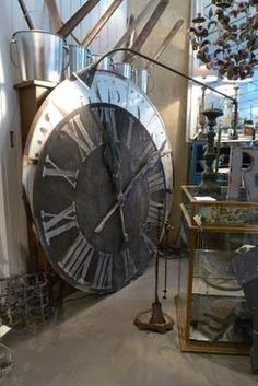 giant clocks for the wall.....we could make them?
