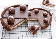 Recept na nepečenú bounty tortu: Zamilujete si ju hneď po prvom kúsku! Ice Cream Recipes, Cheesecake Recipes, Cheesecakes, Sweet Recipes, Waffles, Food And Drink, Pudding, Rum, Sweets
