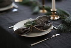 Christmas table setting from the Swedish interior blog Trendenser by Frida Ramstedt