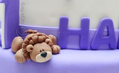 Evan's Cake - Lion by Paige Fong, via Flickr