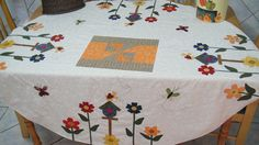 175  Toalha de mesa by MarguitaP, via Flickr